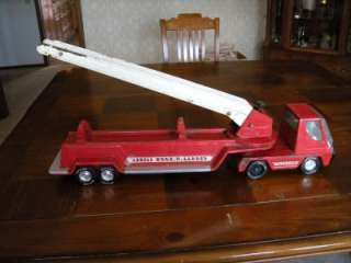 VINTAGE NYLINT AERIAL HOOK N LADDER LARGE FIRE TRUCK